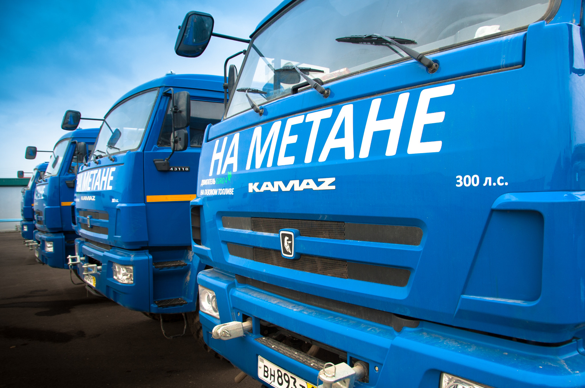 Газпром изменит законы РФ, чтобы перевести автомобили на газ